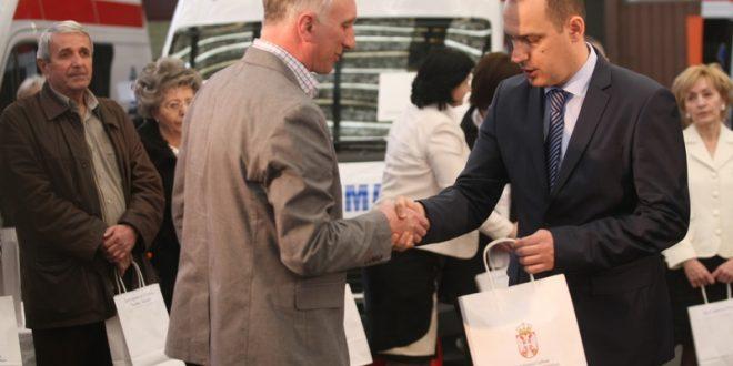 Ministarstvo zdravlja odobrilo sredstva za nabavku sanitetskog vozila
